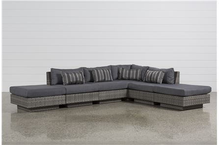 Varadero 6 Piece Sectional W/2 Ottomans - Main