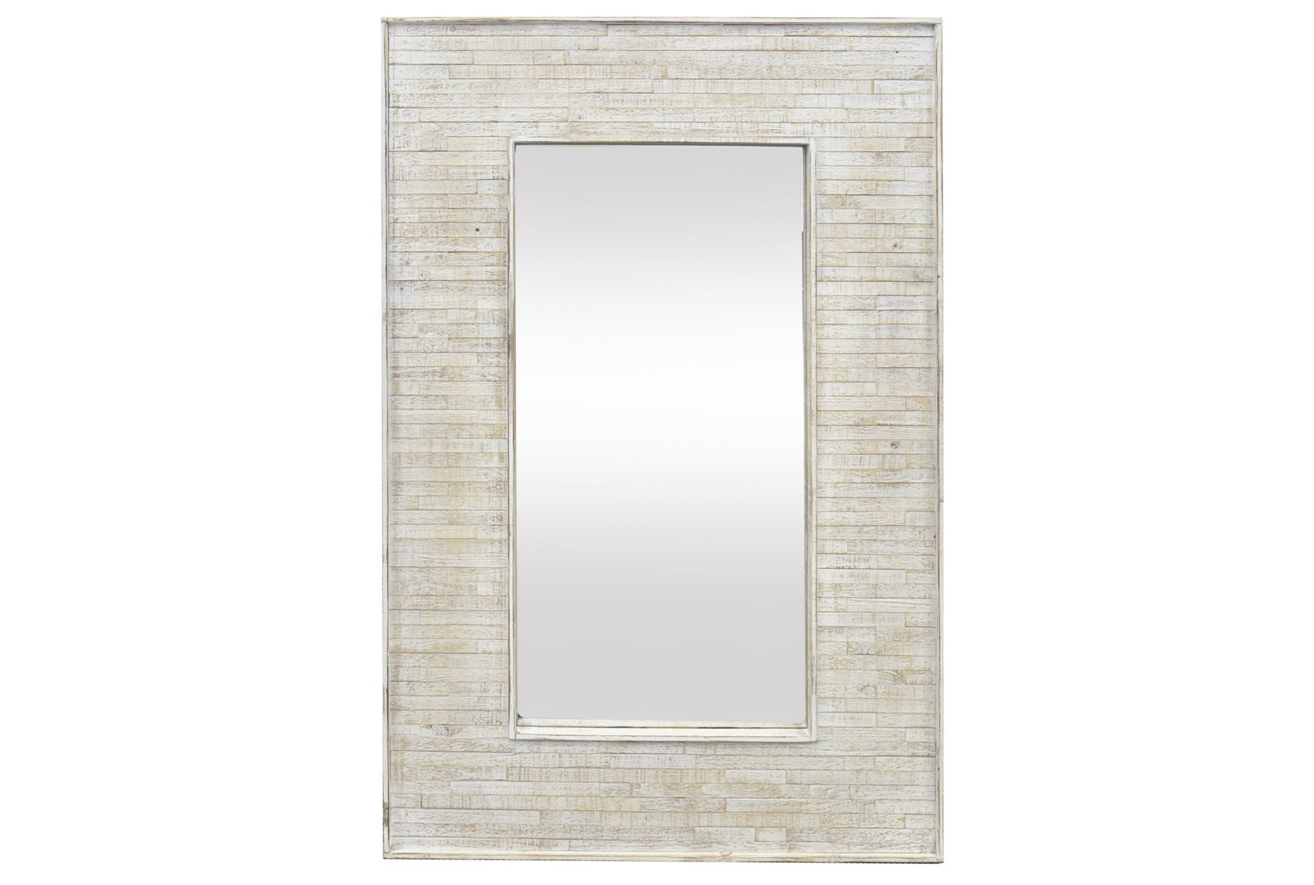 Mirror wood frame 30x47 living spaces for Types of mirror frames