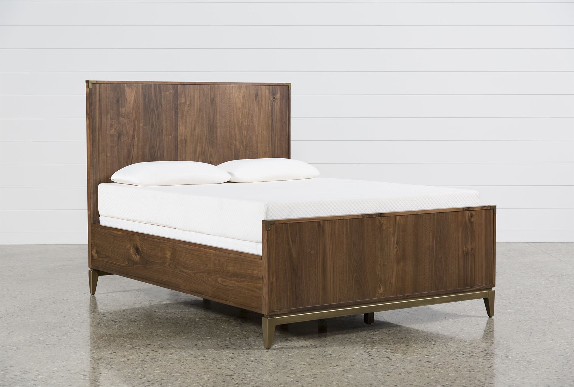Hughes full panel bed living spaces for Living spaces full bed