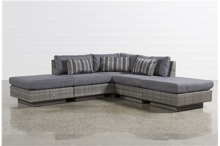 Varadero 5 Piece Sectional W/2 Ottomans - Main