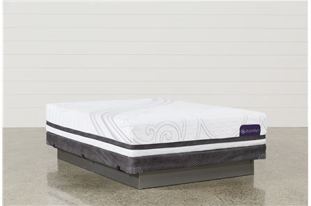 Savant III Plush Queen Mattress W/Low Profile Foundation - Main
