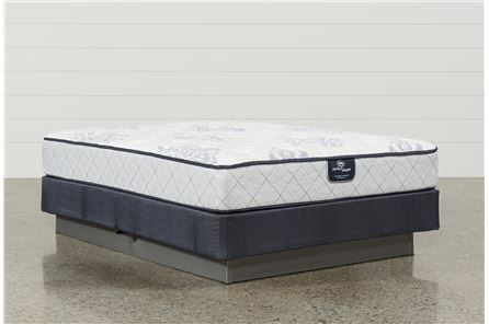 Anniversary special edition firm queen mattressw for Living spaces mattress reviews