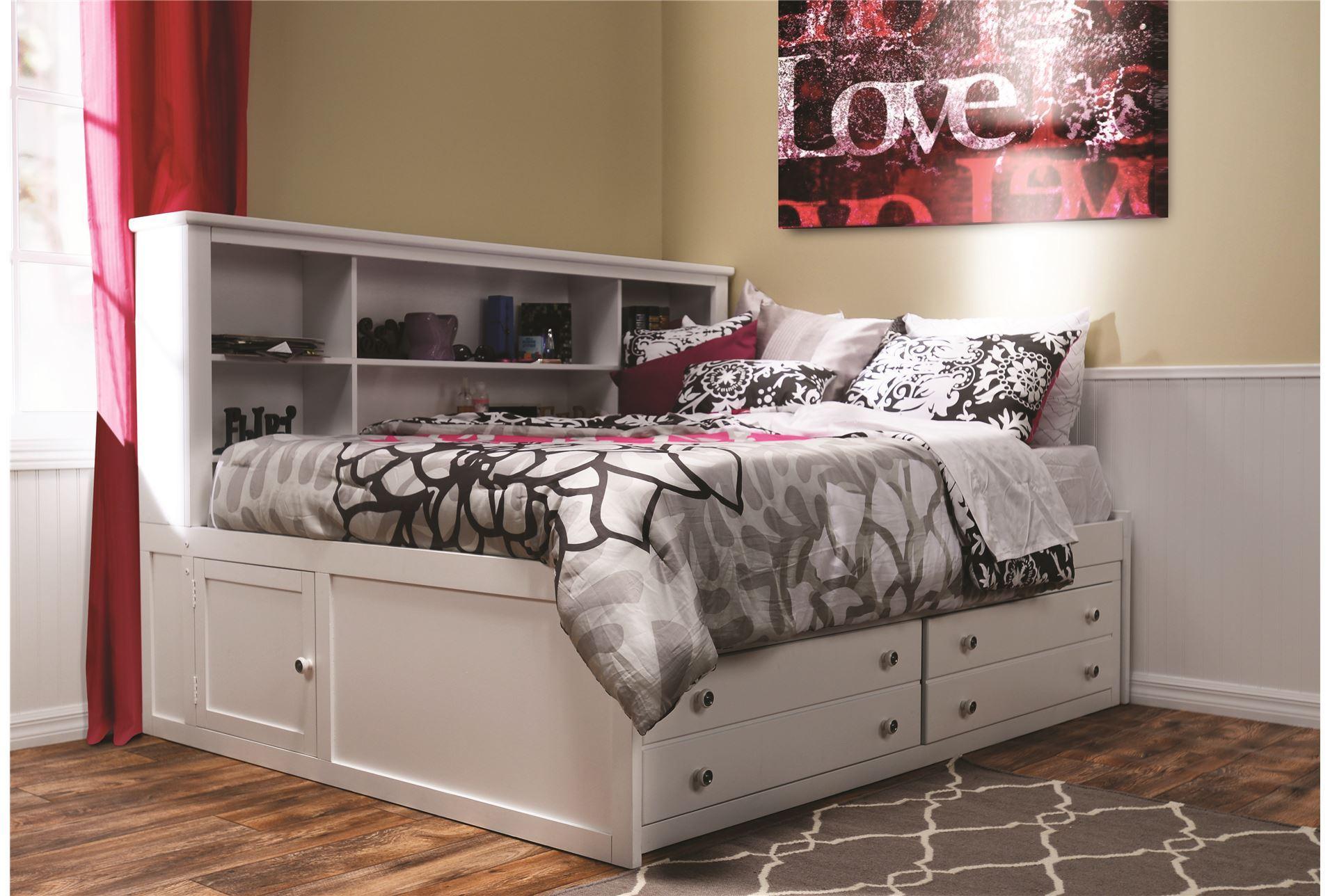 bayfront full lounge bed living spaces. Black Bedroom Furniture Sets. Home Design Ideas